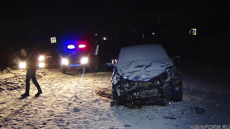 Между Апатитами и Кировском жёстко столкнулись Opel и Kia