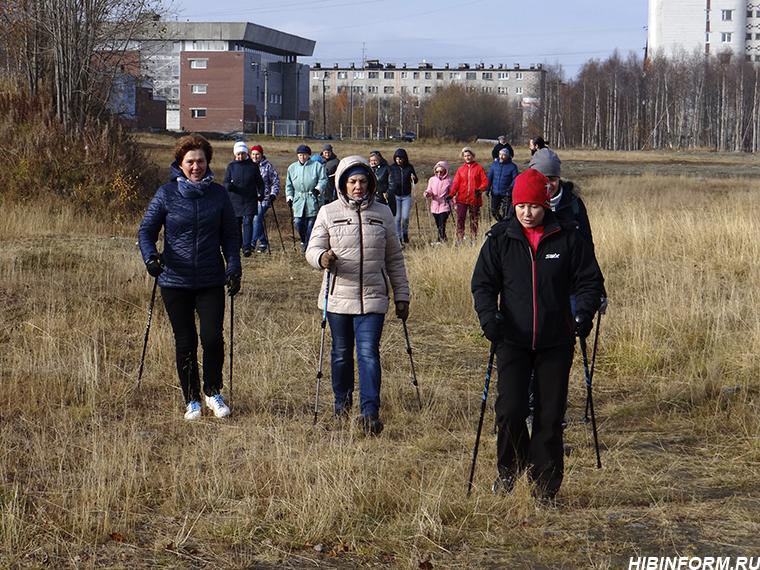 Скандинавская ходьба получила ещё нескольких адептов из числа апатитчан