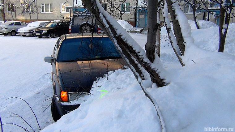 Пьяный водитель с безукоризненной репутацией протаранил чужое авто и не смог скрыться с места ДТП