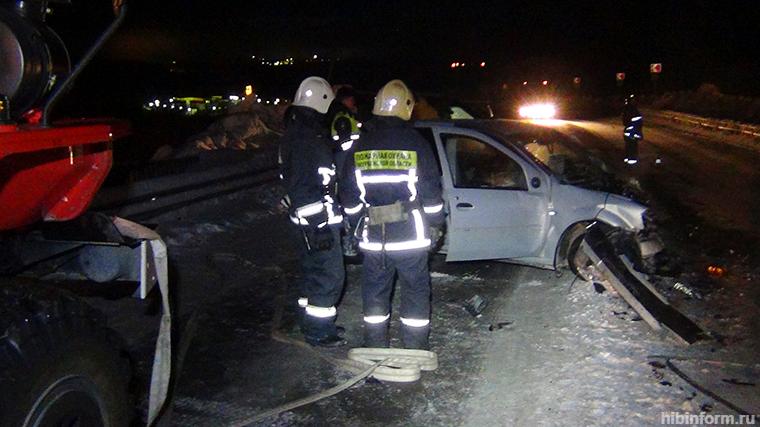 Серьёзное лобовое ДТП на въезде в Кировск
