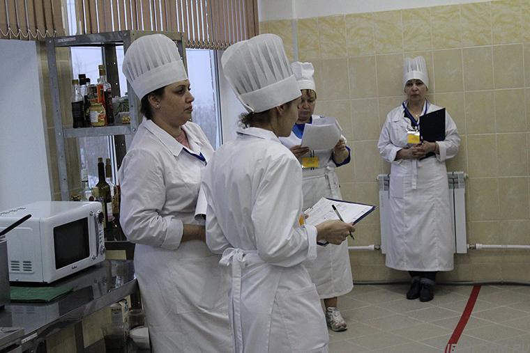 Студентки из Ревды в Апатитах прокололись на клубничке