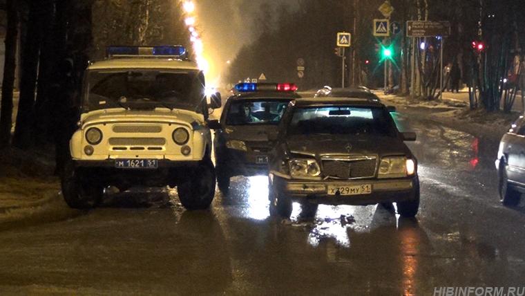 В Апатитах пьяный водитель устроил ДТП и на всю ночь вывел из строя наряд ДПС