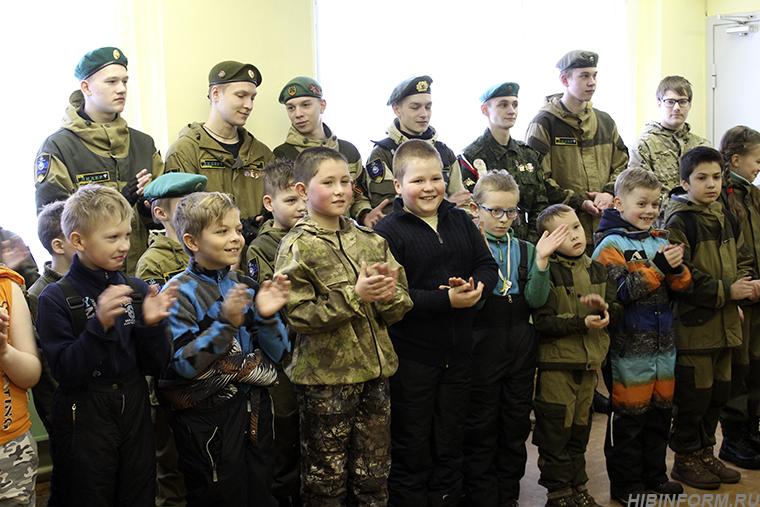 26 апатитских детей удостоились звания «Юный ДОСААФовец»